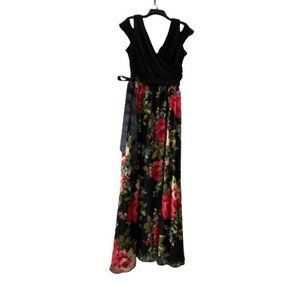 Laura Monochrome and Floral Print Maxi Dress Size